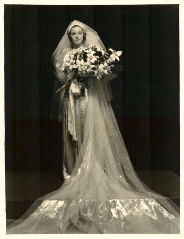In Wedding Dresses 31 Beautiful Margaret Sullavan