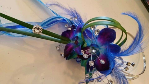 designed by Patience Pickner AIFD PFCI SDCF- PromFlowers designer spotlight