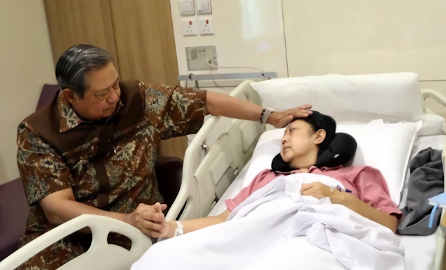 Bu Ani Yudhoyono Telah Menghembuskan Nafas terakhir pada tanggal 01 Juni 2019