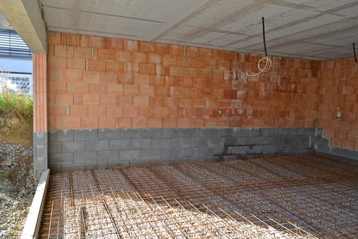 einmal eigenheim bitte gartenbau teil 4 der fertige steinhang. Black Bedroom Furniture Sets. Home Design Ideas