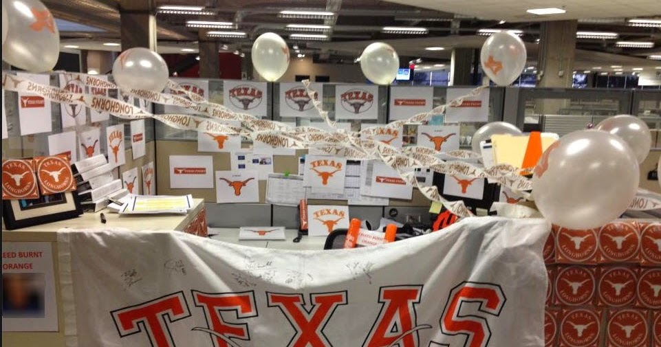 Cubicle Chic Sports Team Decor For Your Office Space