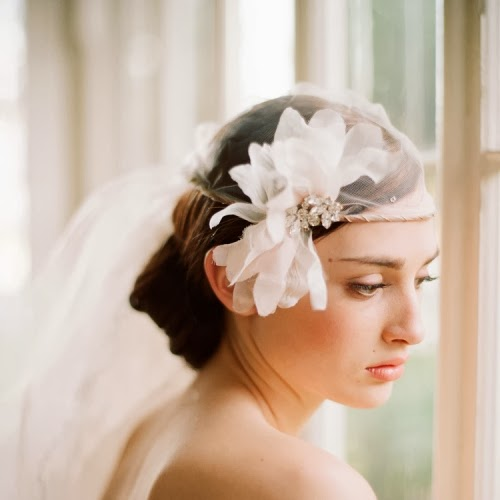 Memorable Wedding: Bridal Veil Ideas For Short Hair Styles