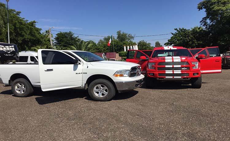FOTOGRAFAFÍAS camionetas blindadas, armas, ranchos, dólares y diversos animales asegurados a Sicarios que emboscaron a Militares en Sinaloa