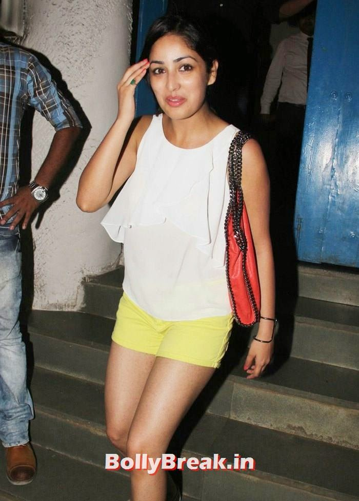 Yami Gautam, Varun, Yami, Shruti, Nargis Pics from Badlapur Movie Wrap up party