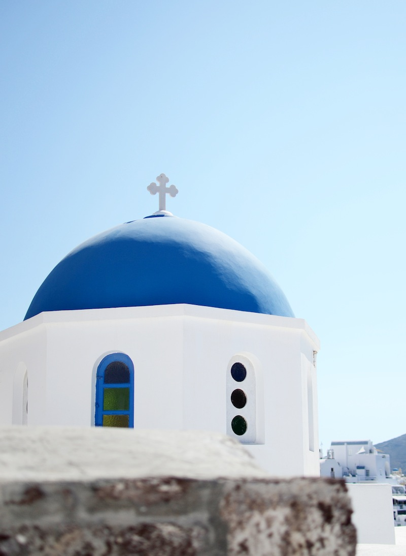 Santorini Greece travel blogger