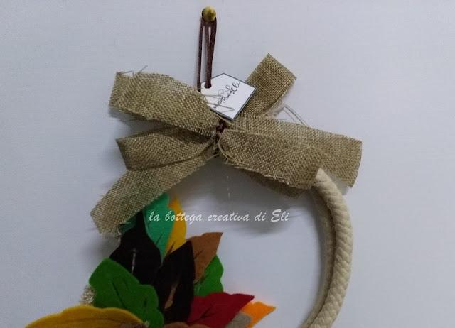 ghirlanda-per-l'autunno-con-foglie-di-feltro