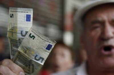 Ασφαλιστικό για κλάματα: Πόσα χρόνια πρέπει να δουλέψεις για να πάρεις σύνταξη 1.000 ευρώ...;
