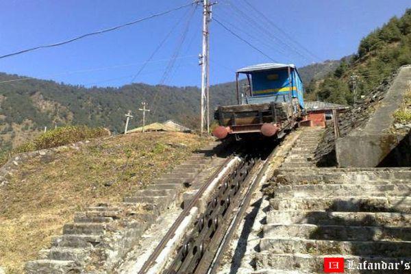 रोप-वे ट्रॉली बरोट (हिमाचल प्रदेश )