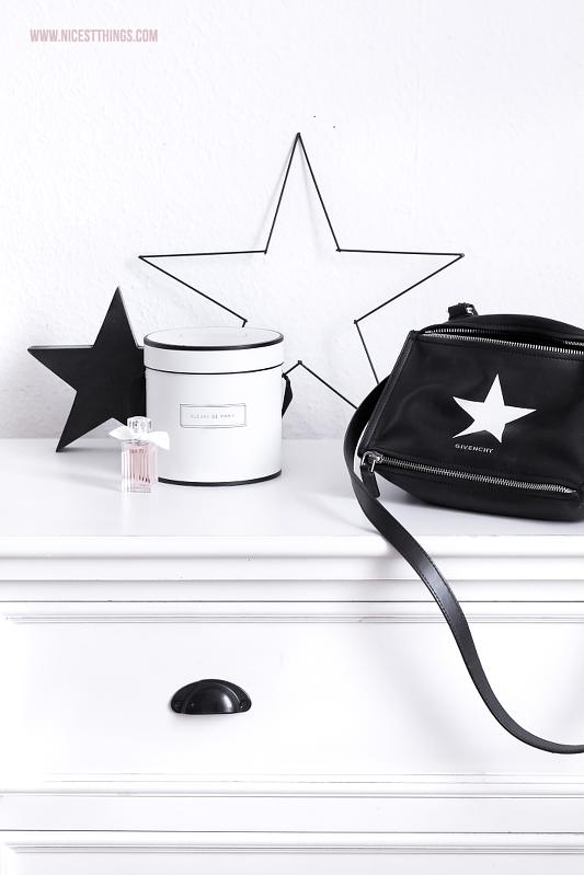 Givenchy Pandora Tasche schwarz Stern Kommode