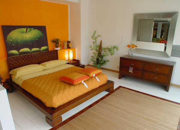 Dormitorios con paredes naranjas dormitorios colores y for Combinacion de colores para pintar un cuarto