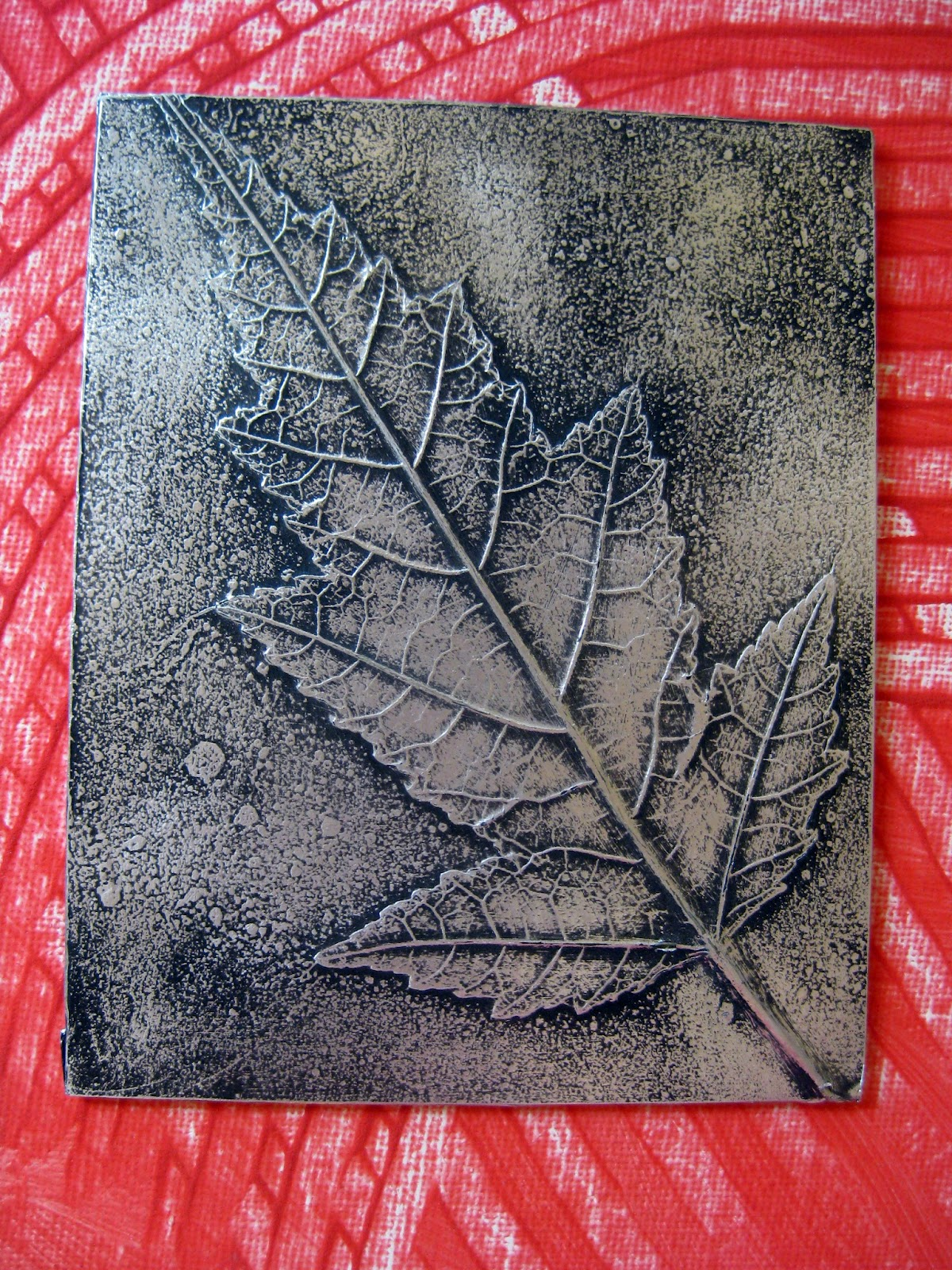 Cassie stephens in the art room leaf relief - Leaves paintings and drawings ...