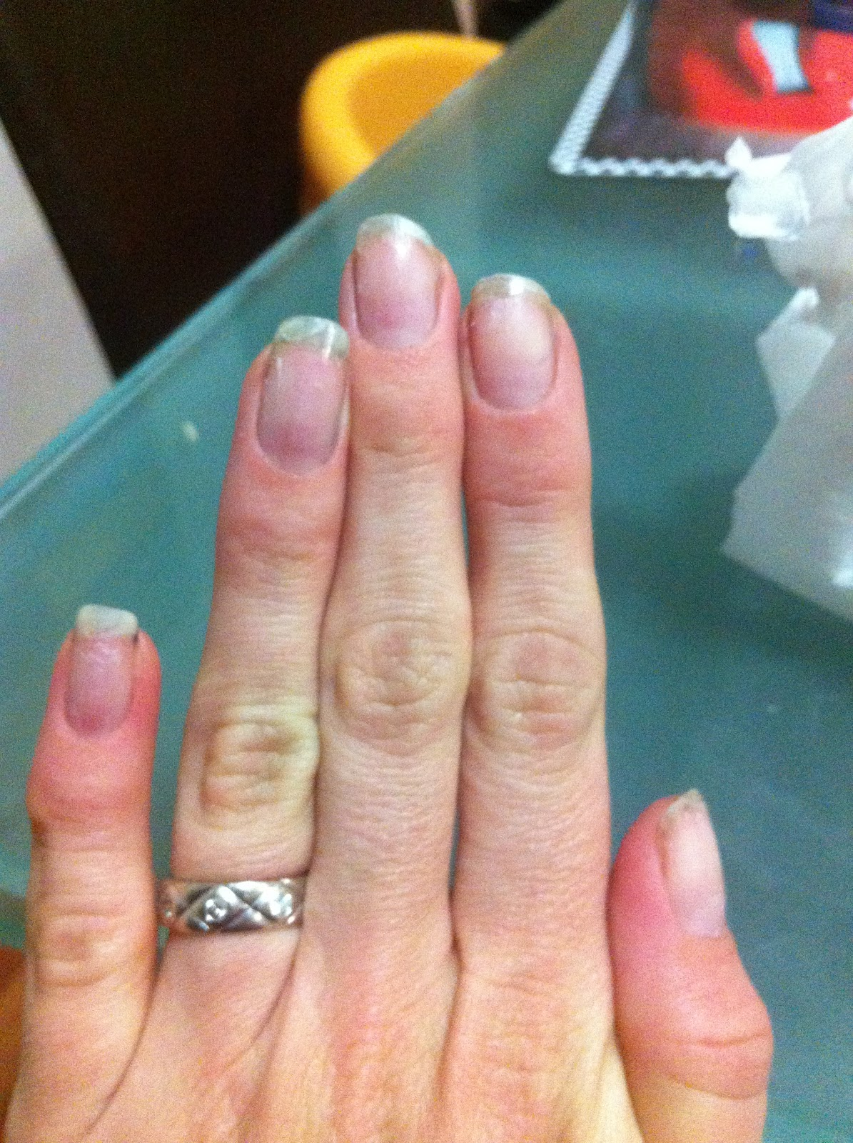 The Science Of Beauty How To Remove A Shellac Manicure