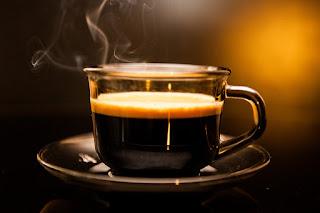 Nikmatilah kopinya, bukan Cangkirnya !
