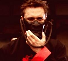 David Guetta lança clipe de Flames