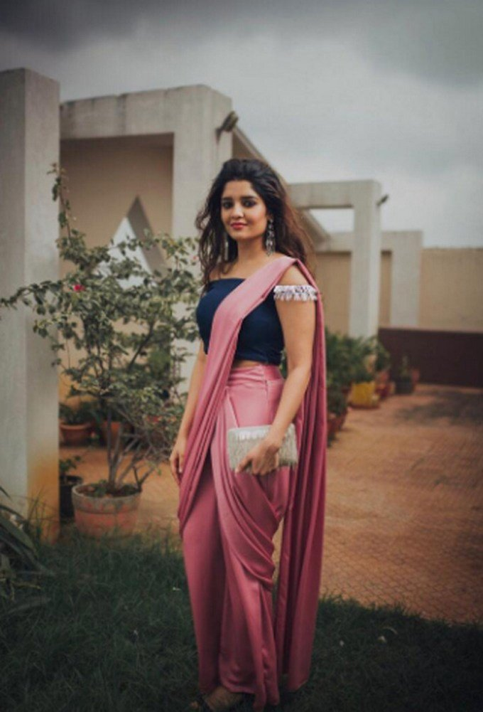 Ritika Singh Latest Cool Photos
