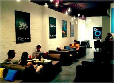 interior cafe ruko