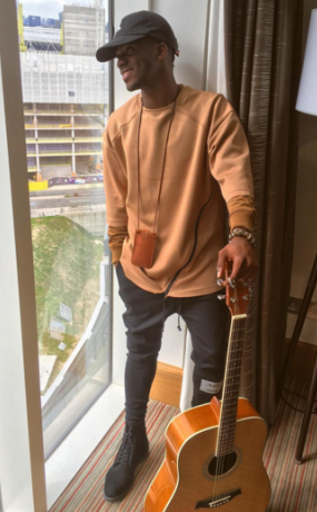 1 Singer Korede Bello looking good in new pics