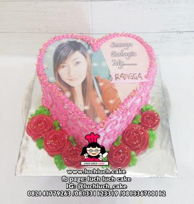 Kue Tart Edible Printing Bentuk Love Romantis