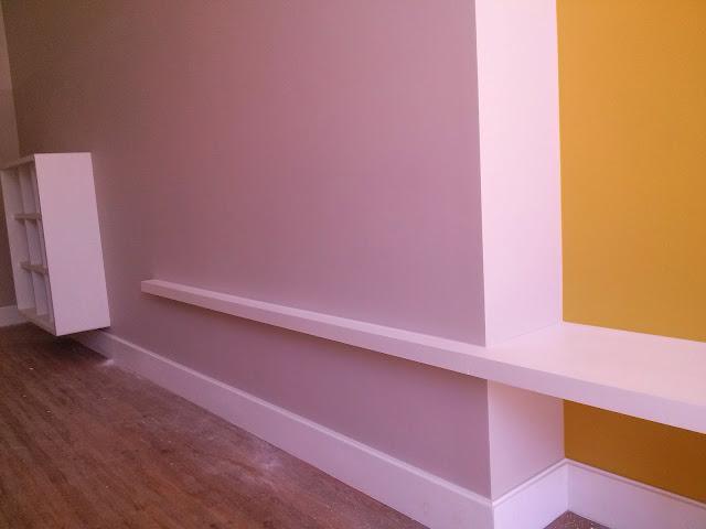 cor amarela e cinza