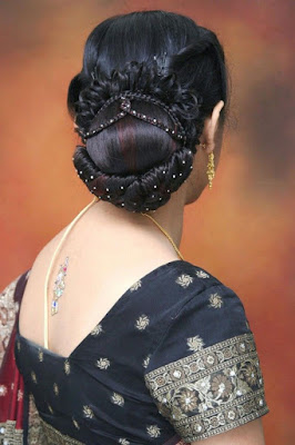 Stylish-indian-bridal-hairstyles-that-perfect-for-wedding-2