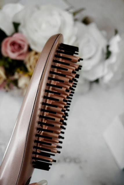 DAFNI rose gold ™ HAIR STRAIGHTENING CERAMIC BRUSH REVIEW