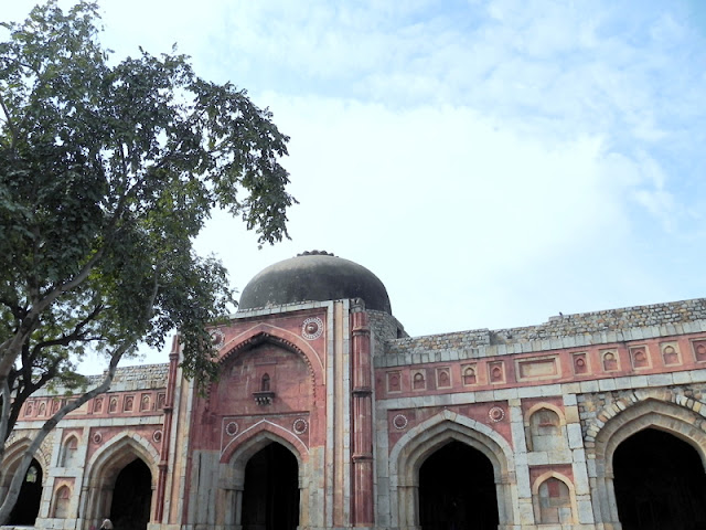 Jamali Kamali Mosque, Mehrauli Archaeological Pak