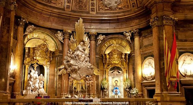 Interior Catedral Basílica de Nuestra Señora del Pilar