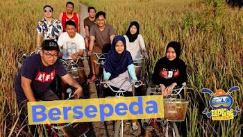 bersepeda keliling pulau