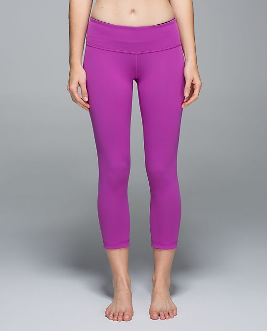 lululemon ultra violet crop