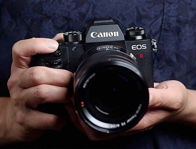 Canon lancia EOS R a Taiwan