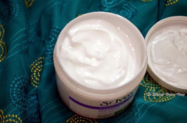 St. Ives Timeless Skin Collagen Elastin Facial Moisturizer - Review