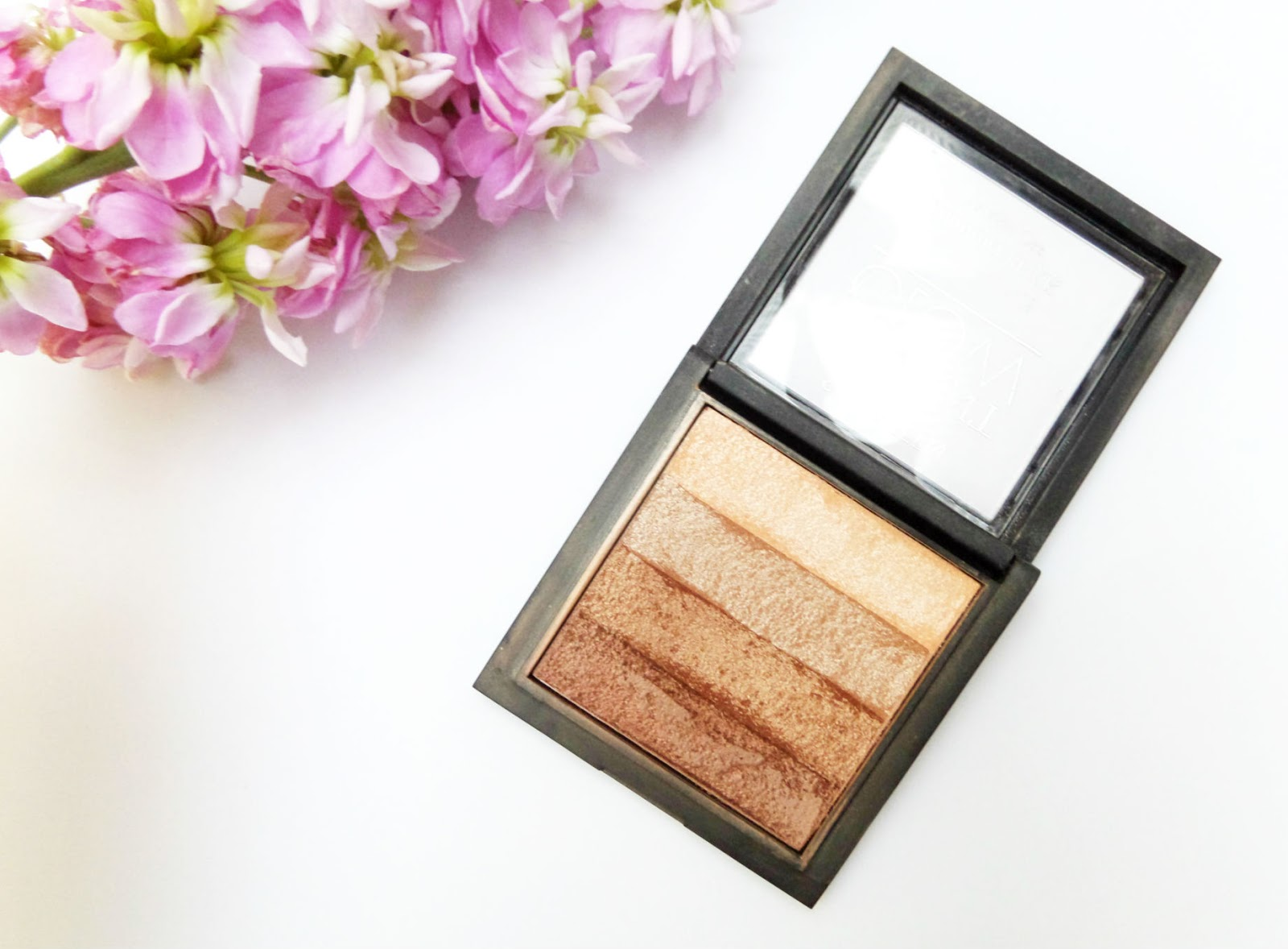 The Seventeen Instant Glow Shimmer Brick