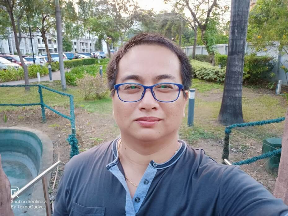 Realme 3 Front Camera Sample - Selfie with AI Beautification at Minimum