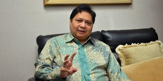 Jabatan Airlangga Hartarto dan larangan Jokowi