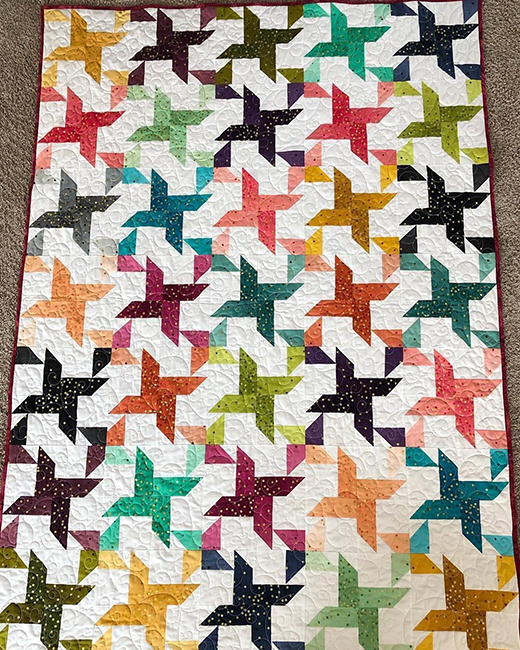 2 for 1 Pinwheel Stars Quilt made by Tiffany, The Tutorial designed by Jenny of Missouri Quilt Co
