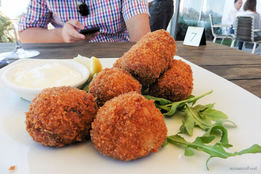 my name is Food.: Kooroomba Vineyards and Lavender Farm - Mount Alford, Queensland, Australia