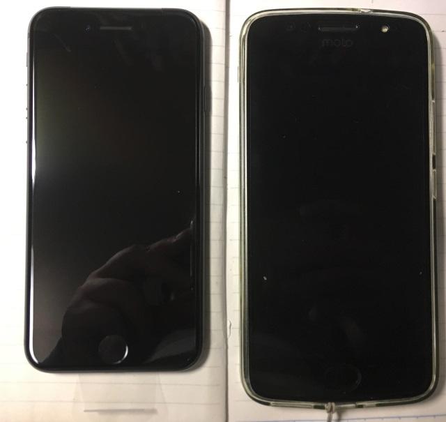 moto G5s iPhone 8 比較 大きさ