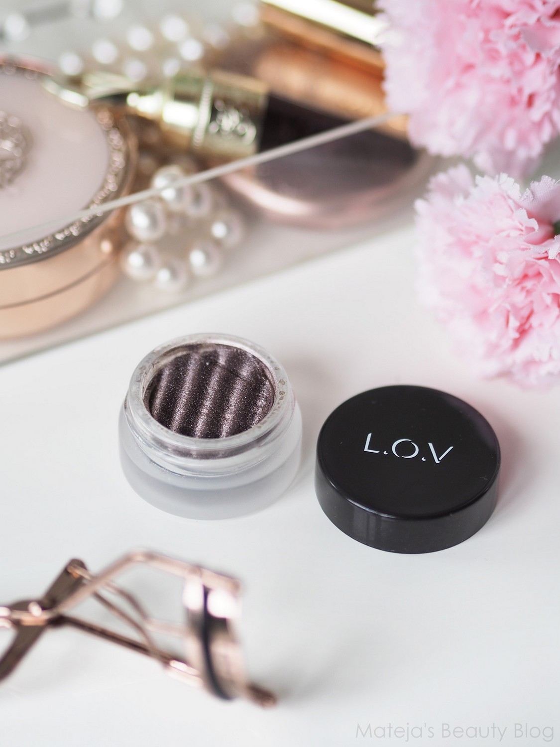L.O.V. EYEttraction Magnetic Loose Eyeshadow