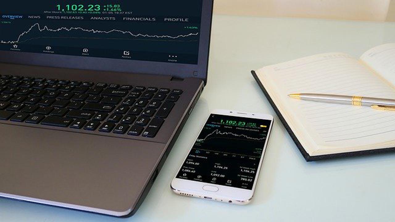 Aplikasi Smartphone untuk Trading Saham