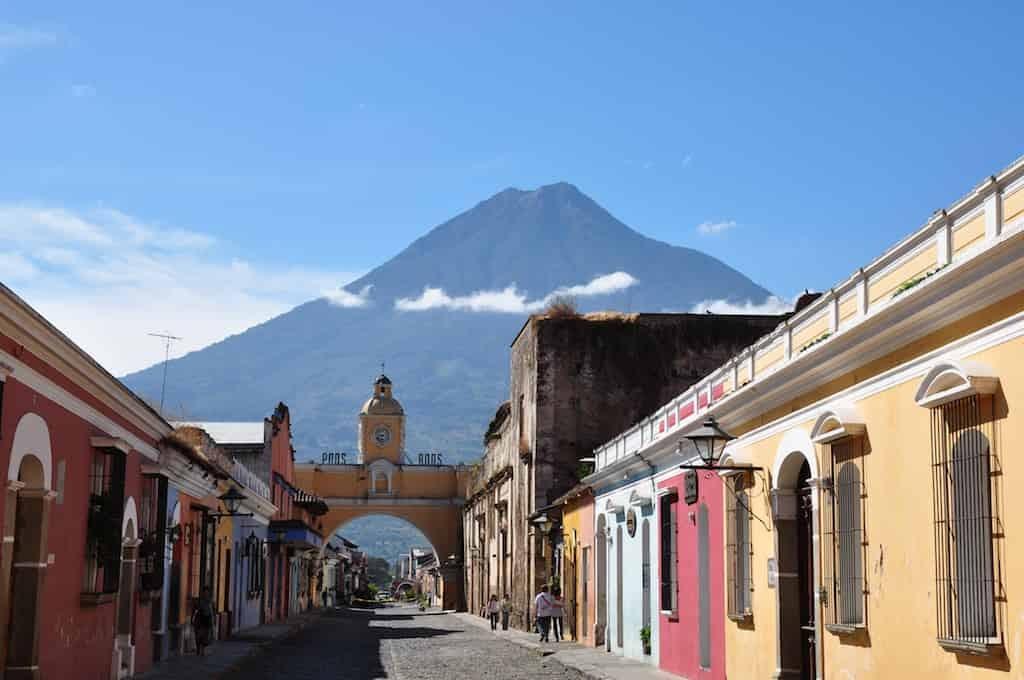 #511 Vacaciones en destino equivocado | Sildavia Podcast |El Blog de Luis Bermejo