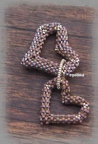 Сердечко из бисера мозаичным плетением. Схема