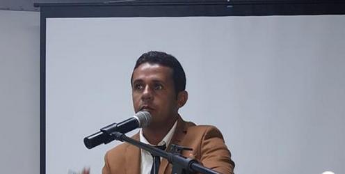 Vereador de Arapiraca/AL quer lei para obrigar população a assistir sessões da câmara