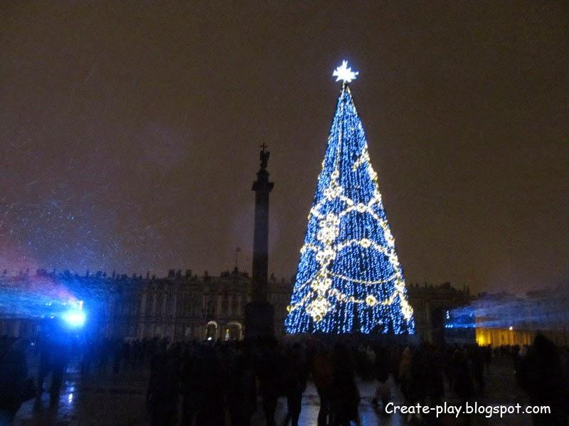 ёлка на Дворцовой в Петербурге