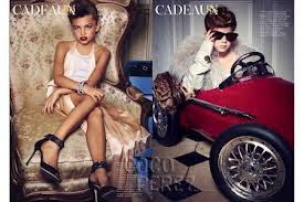 Maquilladas en exceso y con peinados altos, en vez de jugar a vestir a sus  Barbies son ellas las que lucen prendas de Versace, Gucci y Saint Laurent. 1c53d4a30f
