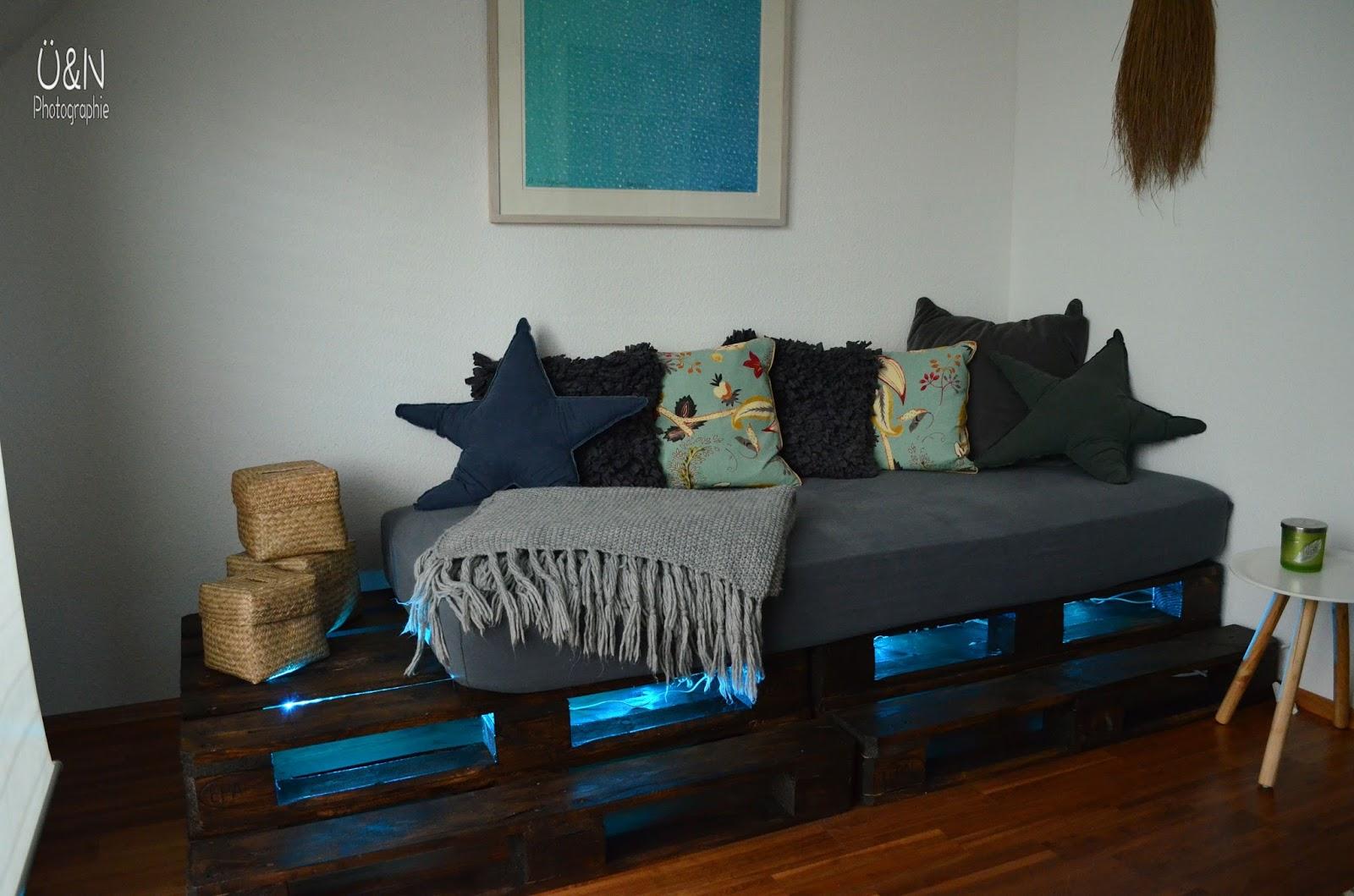 berall nirgendwo wie wir unsere g ste jetzt betten in einem schwebenden palettenbett. Black Bedroom Furniture Sets. Home Design Ideas