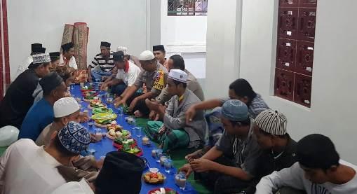 Kapolres Buka Puasa, Di Mesjid Nurul Amin Benteng