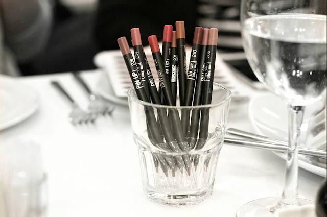 стойкие карандаши для губ Luxvisage pin up