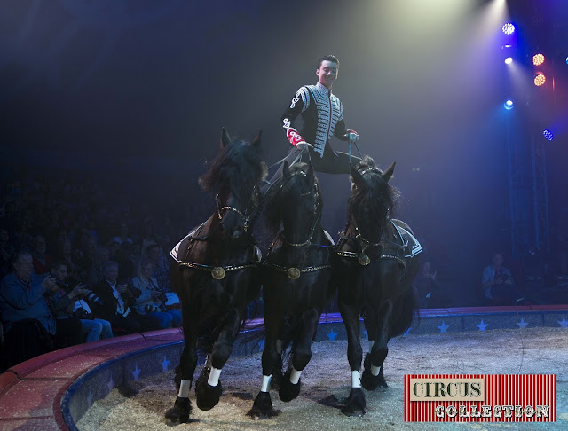 spectacle poste hongroise Ivan Frederic Knie