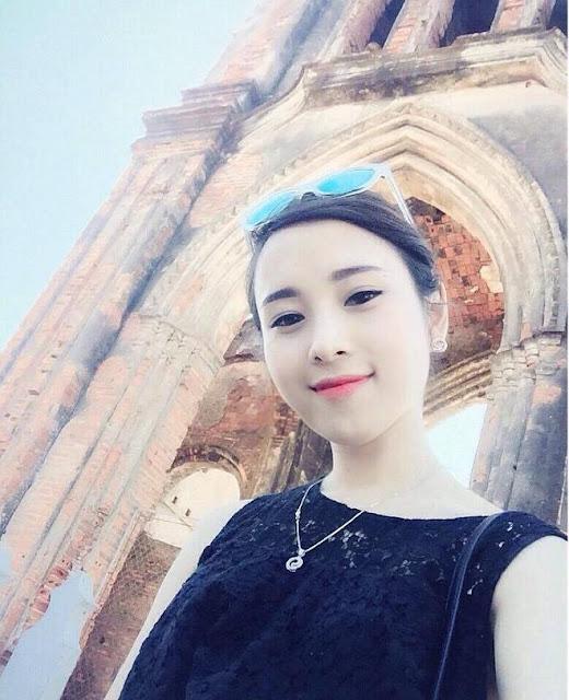 Hot Girl Không Tuổi Công Ty FPT Telecom Bắc Ninh 5