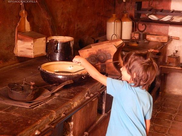 Dozza - Interno della Rocca Sforzesca - Le cucine